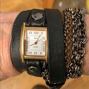 La Mer Gold Black Multi Chain Wrap Watch